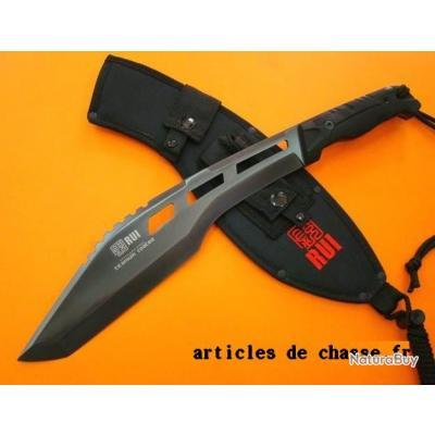 couteau de chasse machette