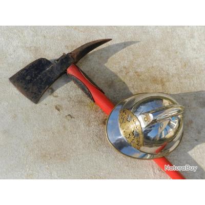 belle ancienne hache sapeurs pompiers scies hachettes et machettes 1205763. Black Bedroom Furniture Sets. Home Design Ideas