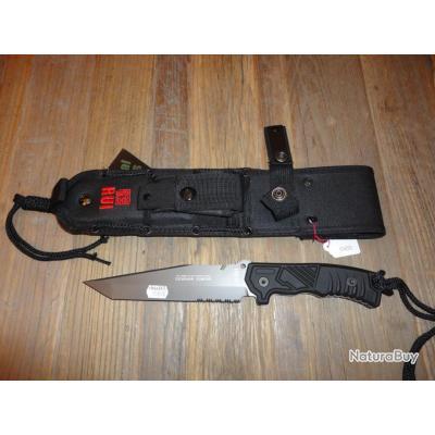 couteau tactical avec etui pour ceinture et pierre pour aiguiser couteaux tactiques et de. Black Bedroom Furniture Sets. Home Design Ideas
