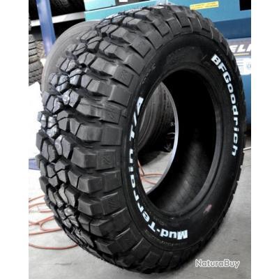 pin pneus jantes 4x4 tourrettes 83440 vente accessoires. Black Bedroom Furniture Sets. Home Design Ideas