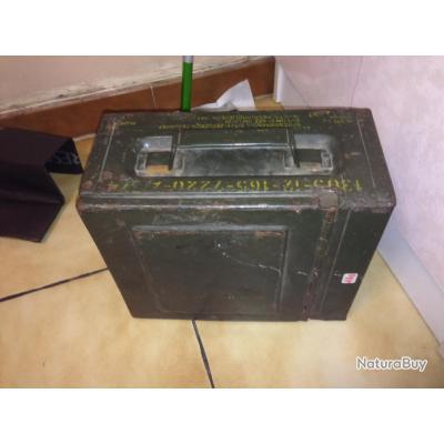 boite de munitions vide allemagne de l 39 est 15 x 30 x 25 cm caisses munitions 1891786. Black Bedroom Furniture Sets. Home Design Ideas