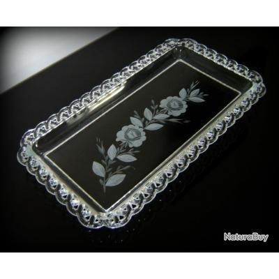 magnifique ancien plat g teau en verre grav l 39 acide et au motif floral ann es 30. Black Bedroom Furniture Sets. Home Design Ideas