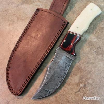 Couteau de Chasse Lame Damas 258 Couches Manche Os & Bois Etui Cuir DM1078