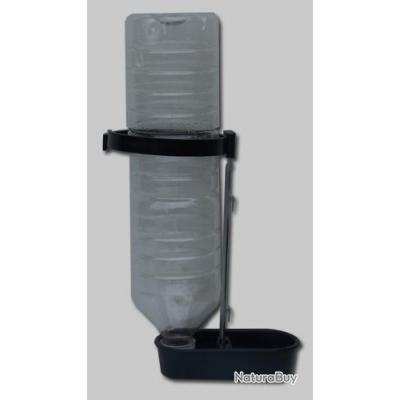 abreuvoir porte bouteille plastique abreuvoirs et mangeoires 2232892. Black Bedroom Furniture Sets. Home Design Ideas