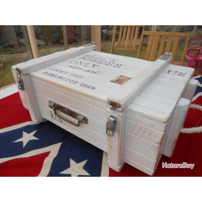 valise caisse en pin blanchie mallettes 2448782. Black Bedroom Furniture Sets. Home Design Ideas