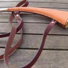 Corne de chasse ELLESS gainée taurillon sauvage 31 cms coloris orange par A.MAREUIL § NOUVEAUTE