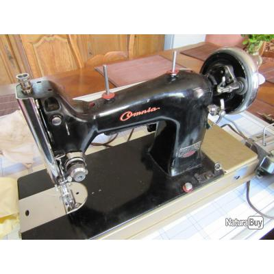 Machine coudre omnia manufrance saint etienne objets for Machine a coudre omnia