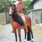 JOHN WAYNE sur CHEVAL Taille Réelle en Résine super deco Western en SUPER PROMO AVANT NOEL