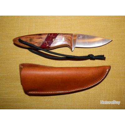 Couteau Hilmar modèle unique série Outdoor manche bois de fer jaspe-or
