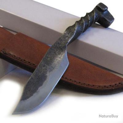 couteau fabrication artisanal couteau forg acier carbone etui cuir pa4408 couteaux droits et. Black Bedroom Furniture Sets. Home Design Ideas