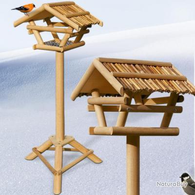 Mangeoire pour oiseaux abri cabane en bambou sur pied for Mangeoire sur pied pour oiseaux du jardin