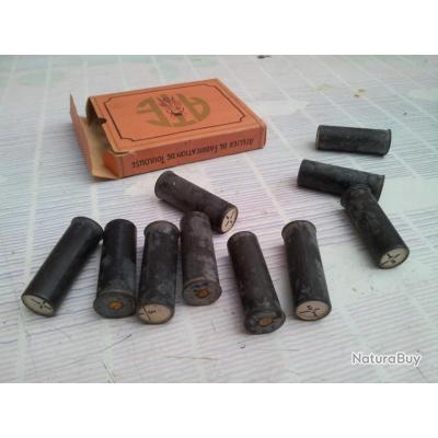 boite de 10 cartouches de chasse anciennes en metal calibre 12 cartouches lisses 3010227. Black Bedroom Furniture Sets. Home Design Ideas
