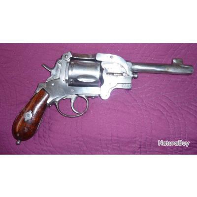 Révolver calibre 380 modèle 1897. Très rare !