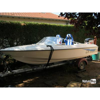 bateau hors bord avec moteur 50cv et remorque rotomoul s poly thyl ne 3128195. Black Bedroom Furniture Sets. Home Design Ideas