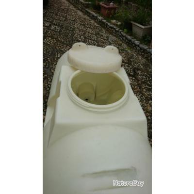 citerne poly thyl ne eau potable rigide et transportable de 650 l r cup rateurs d 39 eau de. Black Bedroom Furniture Sets. Home Design Ideas