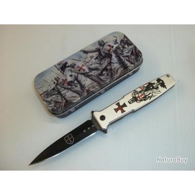 coffret cadeau avec couteau templier id es cadeaux 3256022. Black Bedroom Furniture Sets. Home Design Ideas