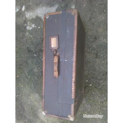 valise ancienne objets divers 3299342. Black Bedroom Furniture Sets. Home Design Ideas