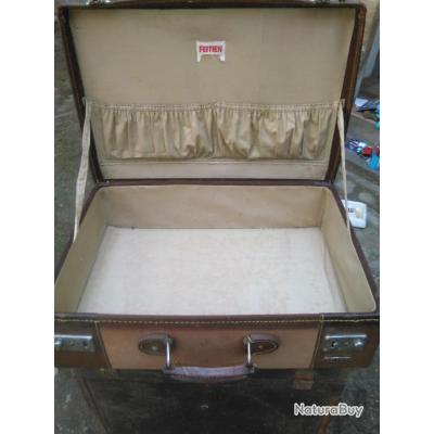 valise ancienne marque feitien objets divers 3299359. Black Bedroom Furniture Sets. Home Design Ideas