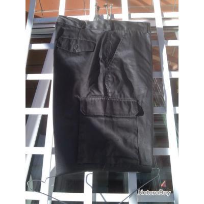 pantalon style treillis neuf pantalons 3610444. Black Bedroom Furniture Sets. Home Design Ideas