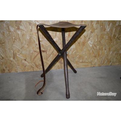 trepied bois cannes et si ges de battue 3612856. Black Bedroom Furniture Sets. Home Design Ideas