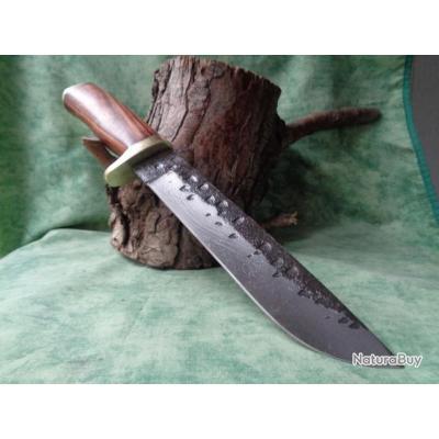 Poignard Couteau de Chasse Lame Forgée Carbone 1095 Manche Bois Garde Laiton Fab Artisanale Forg1