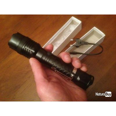 Lampe Torche Taser Flashlight Rechargeable 1 000 000 Volts