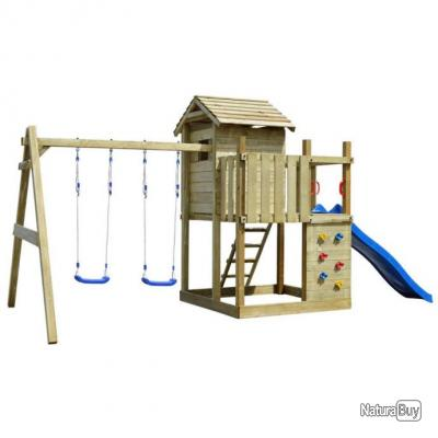 aire de jeux avec chelle toboggan et balan oires en bois. Black Bedroom Furniture Sets. Home Design Ideas