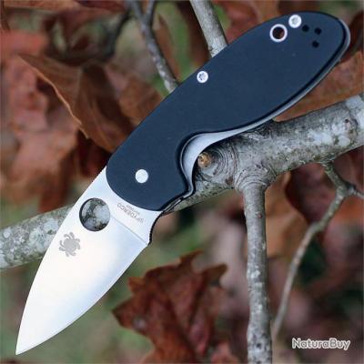 Couteau Spyderco Efficient Lame Acier 8Cr13MoV Manche G-10 SC216GP