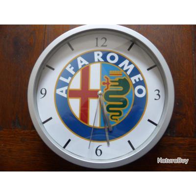 Alfa romeo pendule murale horloge 20cms kdo dko gtv giulietta sprint 75 146 156 accessoires for Recherche pendule murale