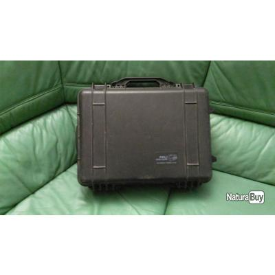 malette tanche pelicase 1520 roulette mallettes 3823208. Black Bedroom Furniture Sets. Home Design Ideas