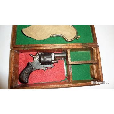 Revolver BULLDOG calibre 320 PN excellent état