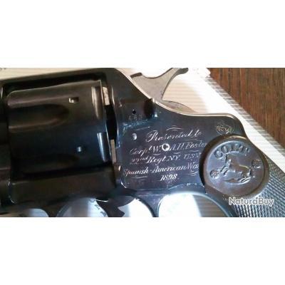 Colt 1895 dédicacé a un vétéran US avec dossier historique complet 29 pages pièce maîtresse vitrine.