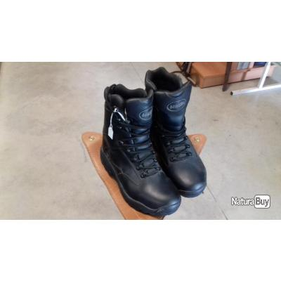chaussures ACROTEC p39