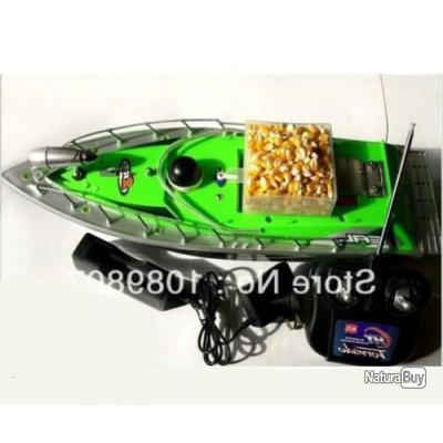 bateau amorceur carpe avec batterie et t l commande bateaux amorceurs 4406872. Black Bedroom Furniture Sets. Home Design Ideas