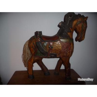 grand cheval en bois massif peint patine inde asie objets divers 4449813. Black Bedroom Furniture Sets. Home Design Ideas