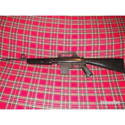 Carabine Semi-Automatique KASSNAR fab  SQUIRES BINGHAM modèle 16 cal 22LR  d'occasion – OBJET NON VENDU / VENTE TERMINÉE