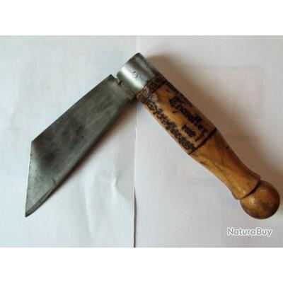 Rare et ancien couteau Autrichien