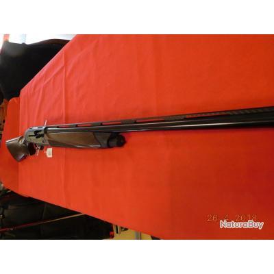 Fusil semi-auto Beretta A400 Ultra Lite neuf, calibre 12/ 76  bande ventillée carbonne, chokes inter