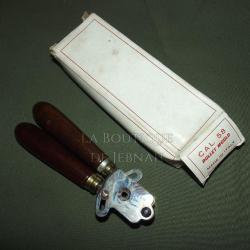 96d436eae3d Moule a balle +pince calibre 58 minié n3 Moule a balle +pince calib ...  état neuf production zoli des année 1970