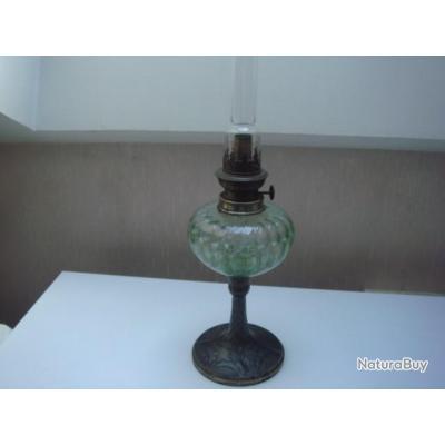 Lampe Ancienne A Petrole En Verre Pied En Etain H 50 Cm D 11 Cm