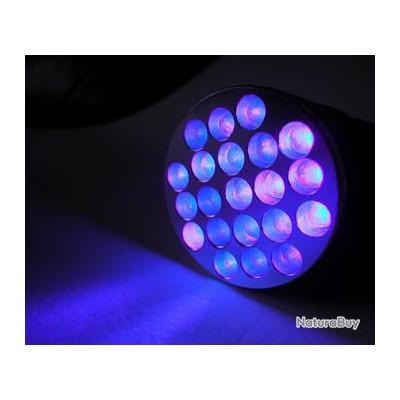 LAMPE 21 LED à ultra violet noire 395 -400  nanométre  LUMITORCH