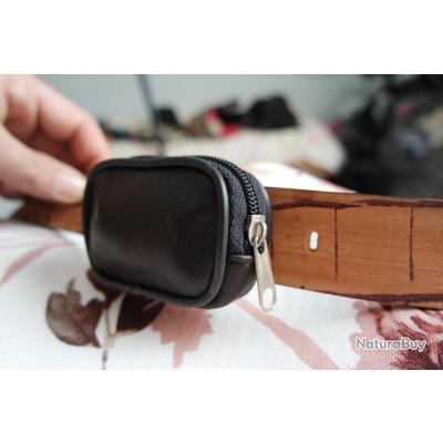 POCHETTE CEINTURE  EN CUIR ,pochette de ceinture mini-2 (marron foncé )  .