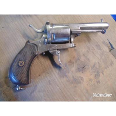 gros revolver cal 380 vélodog belge bon fonctionnement simple et double action,alignement ok
