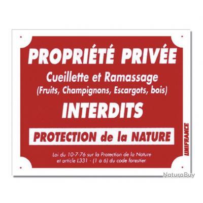 PROPRIÉTÉ PRIVÉE - CUEILLETTE ET RAMASSAGE INTERDITS