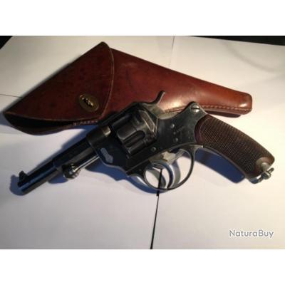 Revolver 1874 cal 11 73 détent° libre officier français St Etienne excellent état apt o tir + étui