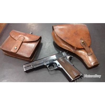 vend pistolet colt d'origine cal 45   avec sacoche balles et étui cuir....