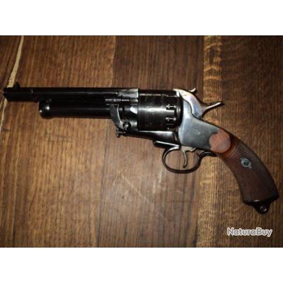 Etat neuf jamais tiré Revolver LEMAT de fillipietta 9 cps en 44 et 1 en cal 20