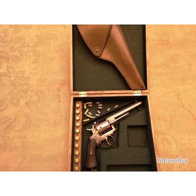 Revolver de transition type Lefaucheux pour officier cal.38S&W en coffret + fonte cuir + munitions