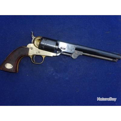 Revolver Poudre-Noire  Modèle Navy 1861 Calibre 36 fabricant Italien inconnu.