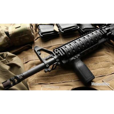 Poignée M4 AR15 AK47 VZ58 rail picatinny 20mm RVG